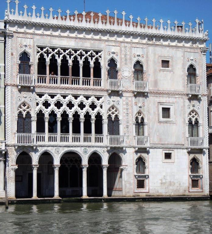 Venezia-Ca-dOro-XV secolo
